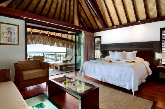 Hilton Moorea Lagoon Resort & Spa: Overwater Bungalows