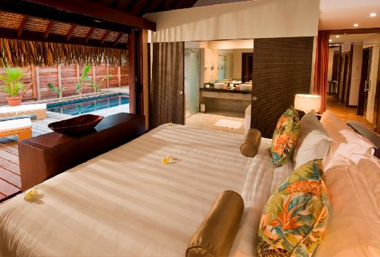Hilton Moorea Lagoon Resort & Spa: Garden Pool Suite, Room