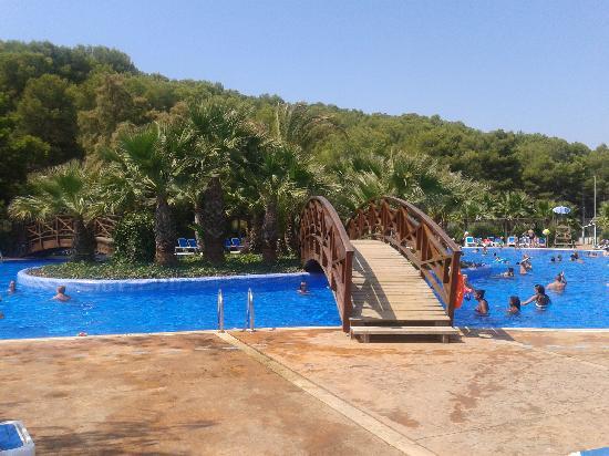 Torre De La Mora: piscine de la mora