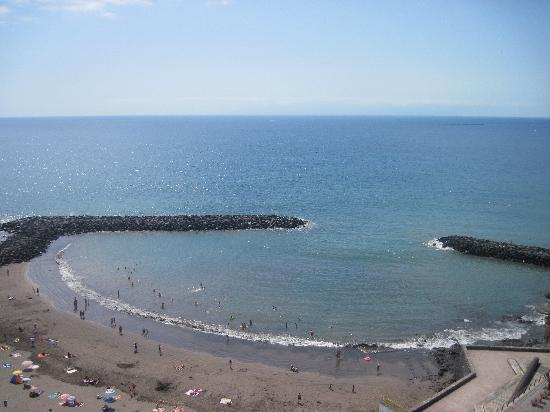 H10 Gran Tinerfe: View from the 9th floor balcony towards the bay