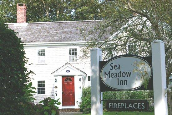 Sea Meadow Inn at Isaiah Clark House: Welcome to the Sea Meadow Inn