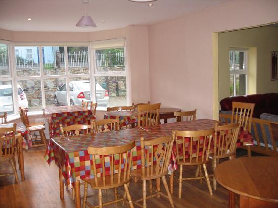 Connemara National Park Hostel: Letterfrack Lodge - Dining Room