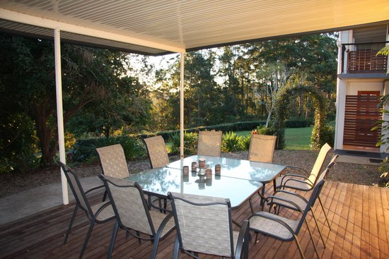 Mapleton Falls Accommodation Covered Decks with views