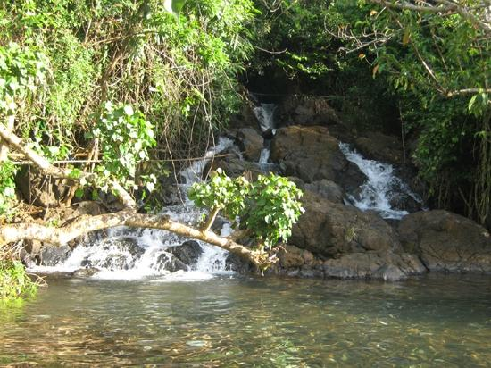 Filippinerna: Another spring found in Morocborocan in Rapu-Rapu Island