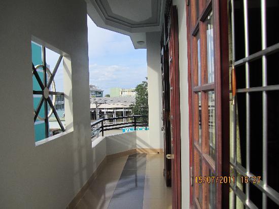 โรงแรม โทรง เกียง: balcony