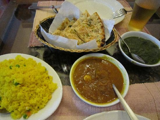 Himali Cha Cha Restaurant: food
