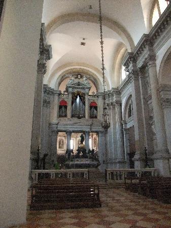 San Giorgio Maggiore: 質素な雰囲気。
