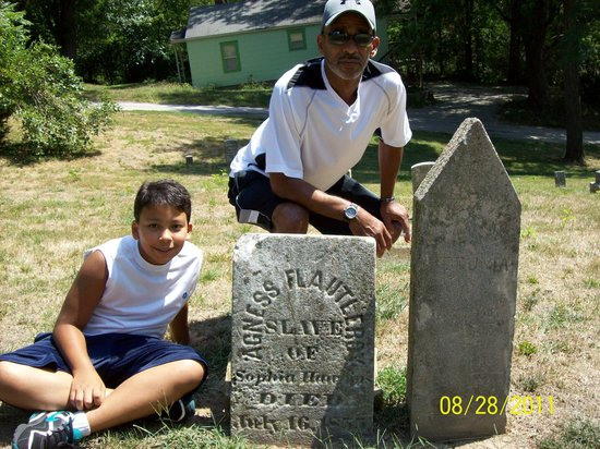 Haunted Hannibal and Historic Tours:                   Marked slave grave - very rare!