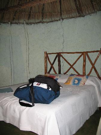 The Pickled Onion B&B & Restaurant Uxmal: The Bed