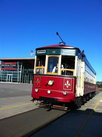 Astoria Riverfront Trolley: trolley