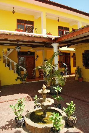 Pousada Casa do Sandalo, Boutique Guesthouse: the patio