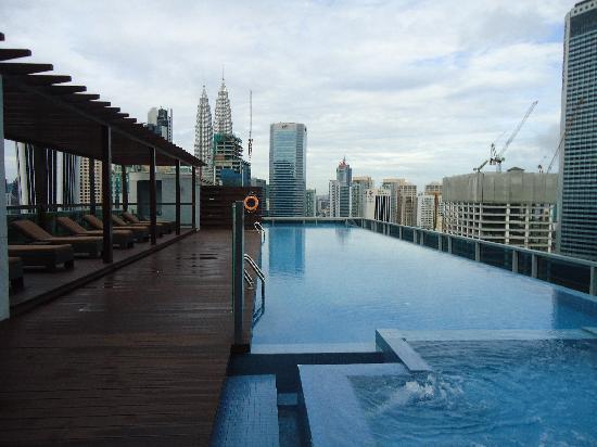 Somerset Ampang Kuala Lumpur: the pool with view