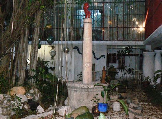 Hotel Trinidad Galeria: Giardino interno