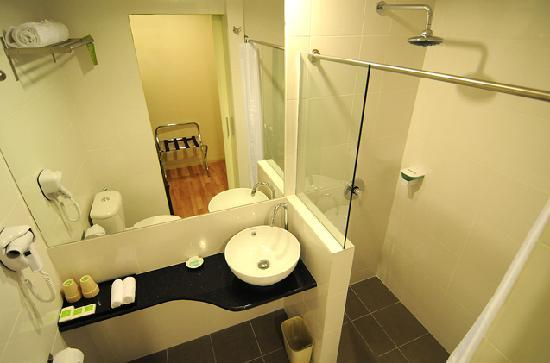 The LimeTree Hotel: Bathroom - Deluxe