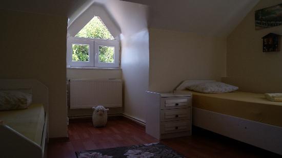 Buyukada Ece Pansiyon: odalarımız