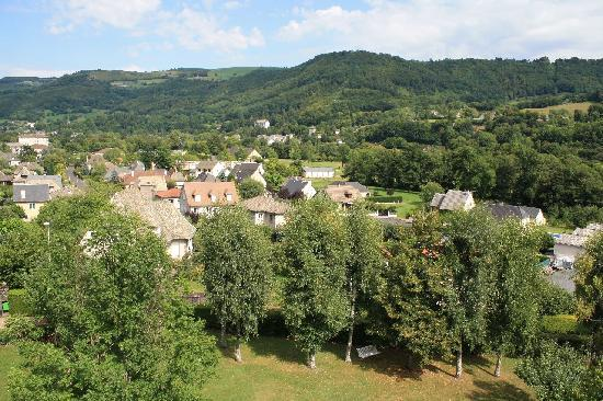 Vic-sur-Cère, France : Vue depuis la chambre