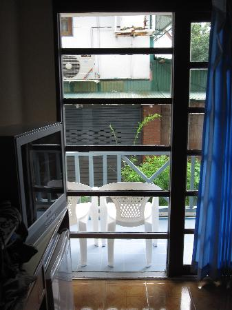 Phi Phi Inn: View from our ground floor balcony