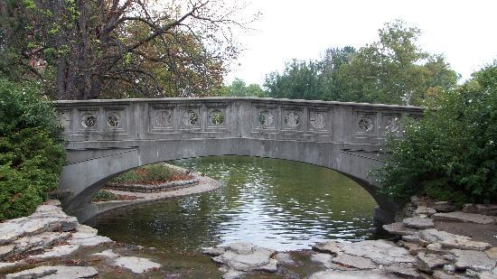 Eden Park: Bridge over Twin Lakes