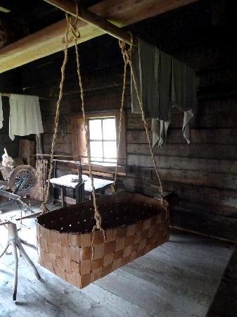Pielisen Museum: Bastwiege in der Kate