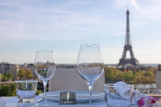 dining with eiffel tower view. maison blanche, paris - 15 avenue montaigne, champs-elysees restaurant reviews \u0026 phone number tripadvisor dining with eiffel tower view