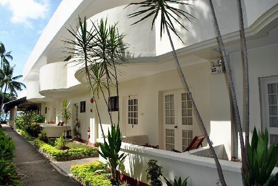 Surfside Boracay Resort & Spa : 1F Superior 2F Deluxe Room
