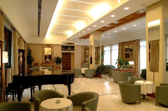 Solofra Palace Hotel & Resorts : bar
