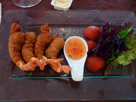 Mirage Restaurant: prawns with chilli sauce.  Fresh with exceptionally light batter