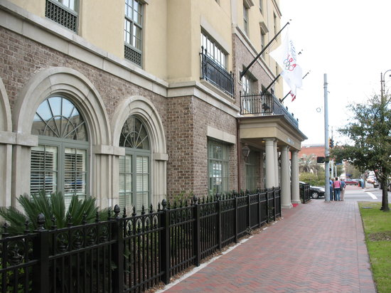 ‪هامبتون إن آند سويتس سافانا هيستوريك: Hampton Inn & Suites Savannah Historic Exterior‬