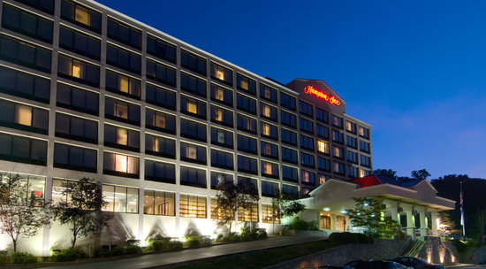 Hampton Inn White Plains / Tarrytown: Hampton Inn White Plains - Exterior