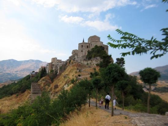Hotel Residenza Petra: the village of Petralia Soprana