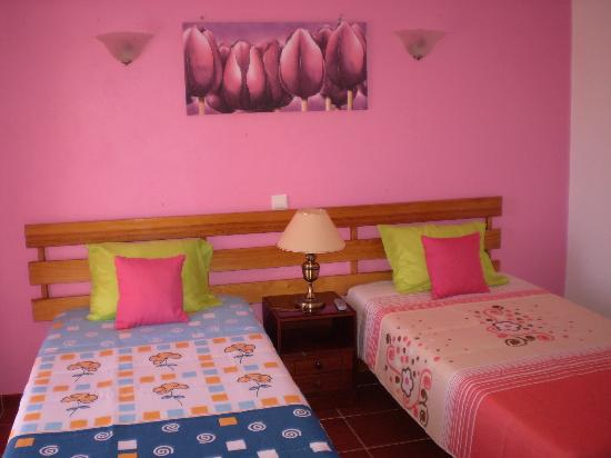 Albergaria Rosa Montes : Doble room second floor