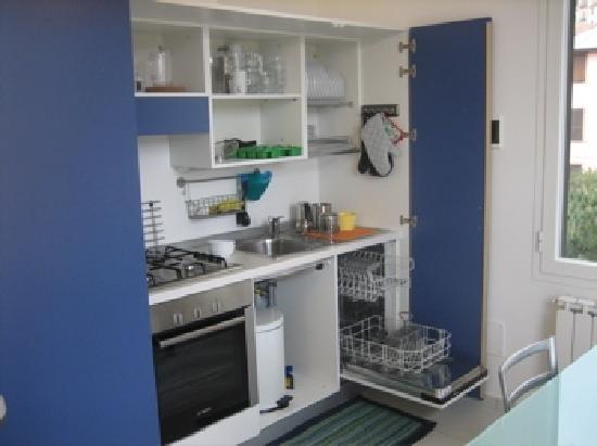 Particolare della cucina dei bilocali. completamente a scomparsa ...