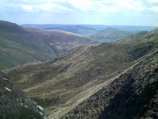 Peak District National Park, UK: The view from the top of Kinder Scout at Grind's Brook