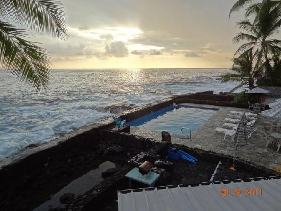 Kona Tiki Hotel: Sunrise