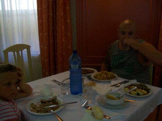 H·TOP Calella Palace & Spa : food