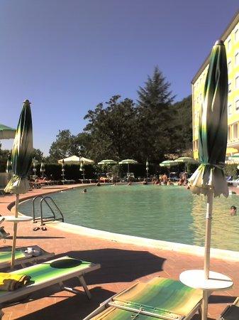 Castelforte, İtalya: La piscina riservata ai clienti