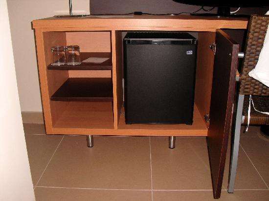 Isdabe Complejo Residencial: Minibar
