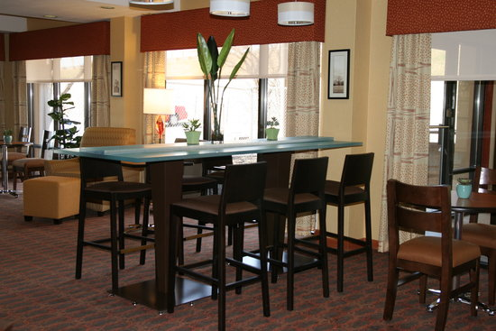 "Hampton Inn Milwaukee Northwest: For work or play we have the ""Perfect Mix"" Lobby!!"