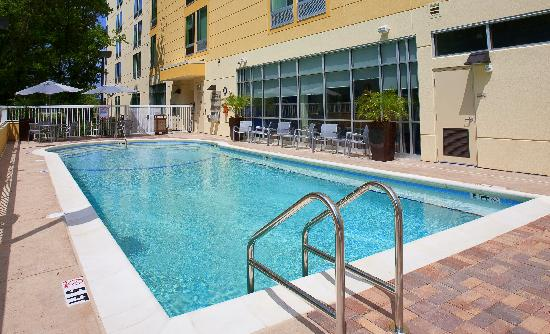 SpringHill Suites Tampa North/I-75 Tampa Palms: Our Outdoor Pool.