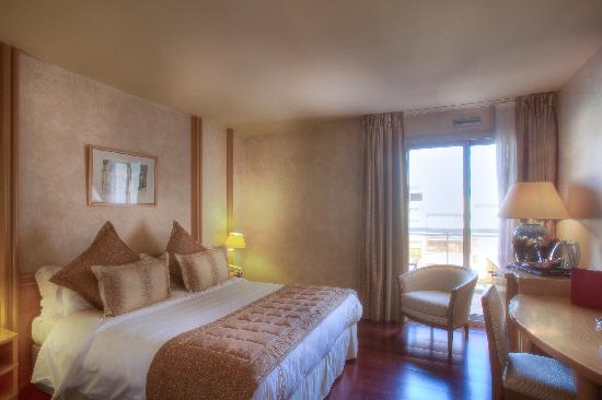 Mercure Cannes Croisette Beach: Double room with balcony