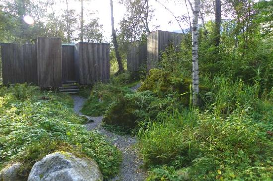 Valldal, Norge: path to more cabins