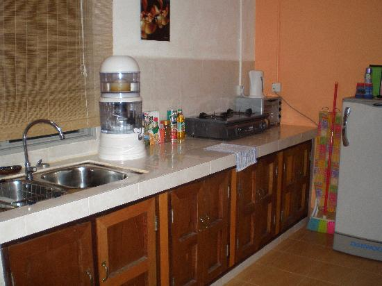 Bougainvillea Holiday Homes: well equipped kitchen