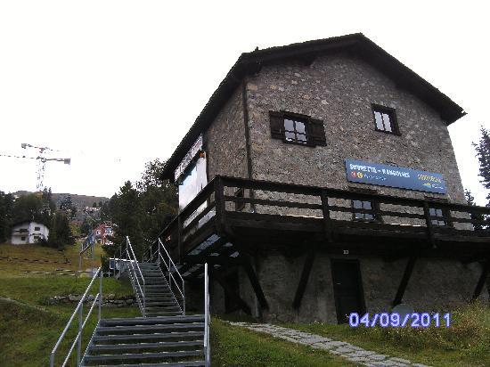Berghotel Randolins: Randolins-Suvretta cableway