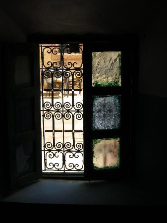Alemdoun, Morocco: Fenêtre avec vue