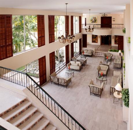 Hotel Estelar Altamira: Lobby