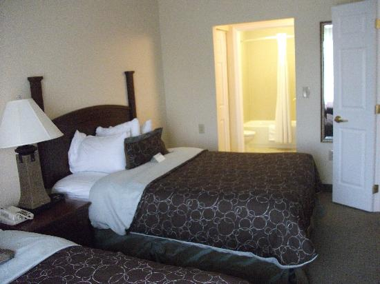 Staybridge Suites Harrisburg : Second bedroom