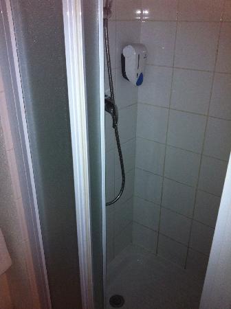 Relais FastHotel-O'Capio: salle de bain