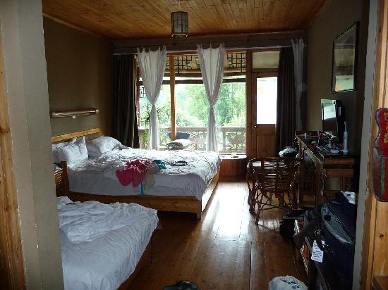 Yangshuo Mountain Retreat: Family Room, large and comfortable, beautiful view.