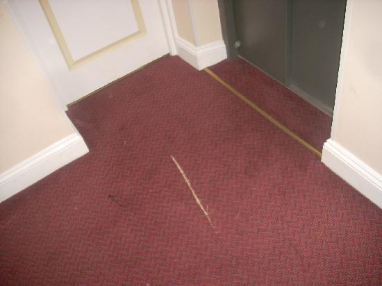 Lord Kensington Hotel: alcuni particolari tradiscono un pò di trascuratezza nei particolari