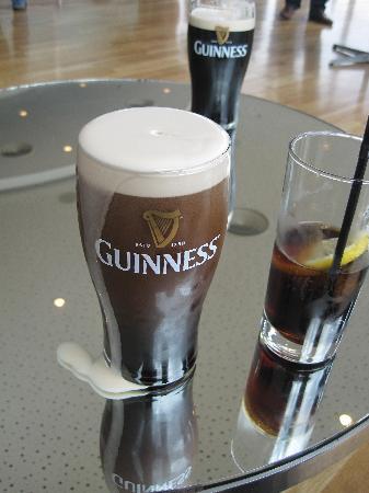 Guinness Storehouse: ebbene sì, a chi troppa e a chi niente, la mia usciva di fuori, ma c'è stato chi ha preferito pr
